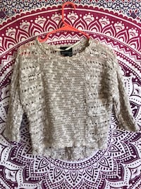gray and white knitted sweater Atwater, 95301