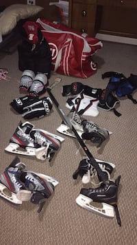 USED CHEAP JUNIOR/SENIOR HOCKEY GEAR INDIVIDUAL SALE!