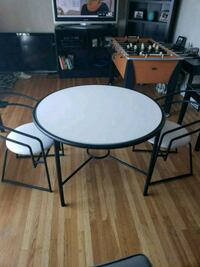 Dining Table & Chairs  Philadelphia, 19152