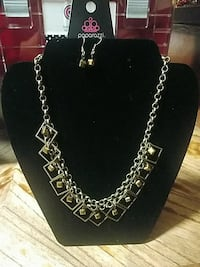 silver- and gold-colored link chain necklace Roswell, 88203
