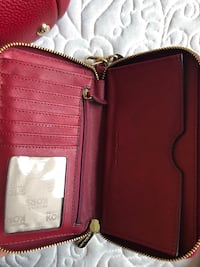 red leather bi-fold wallet Berwyn Heights, 20740