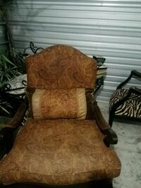 Chair need cleaning. Good condition Oklahoma City