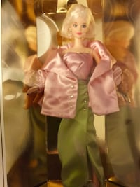 Evening  Sophisticate beautiful Barbie new in the box / Collectors edition Alexandria, 22311