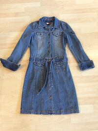_ TOMMY size small,like new, women dress Coquitlam, V3C