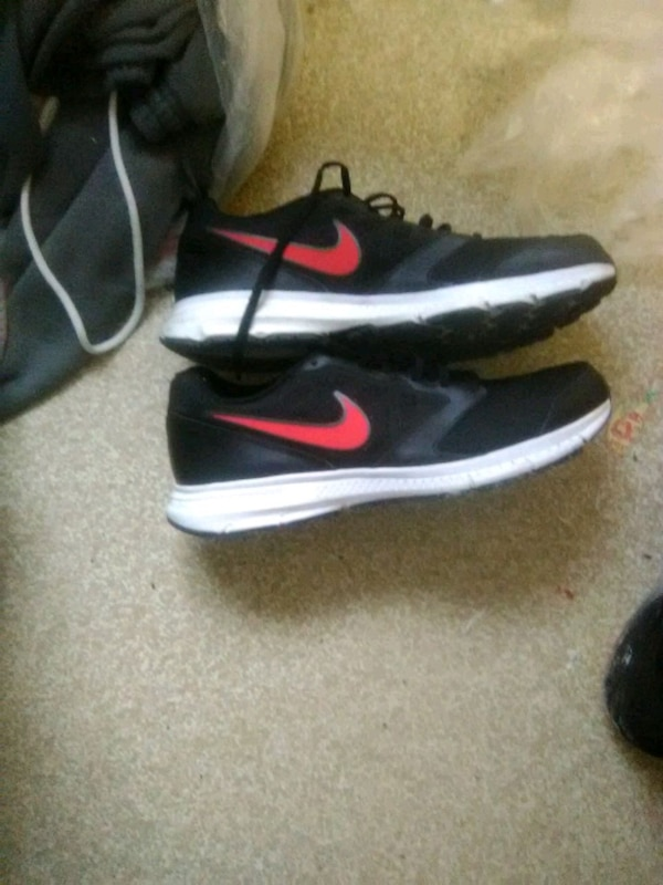 6f01f235b7 Used Nike shoes for sale in Farmington - letgo