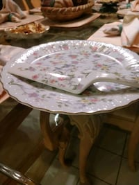 Andrea porcelain cake serving dish with knife Flemington, 08822
