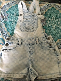 Girls Overall shorts - size 8