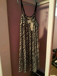 Black and white summer dress size large tag on it. Toronto, M9N 3G4