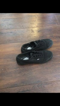 Black Vans low tops Calgary, T2R 1K8