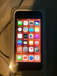 iPod touch 32gb with original box Salford, M7