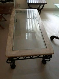 framed glass top coffee table Miami, 33186