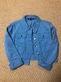 Blue button-up jean jacket Guelph, N1L 1R7