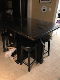 Pub Table with 4 matching stools Marietta, 30064