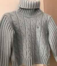 Thomas Burberry light blue turtleneck (size: medium but small fitting! perfect for a petite frame) 552 km