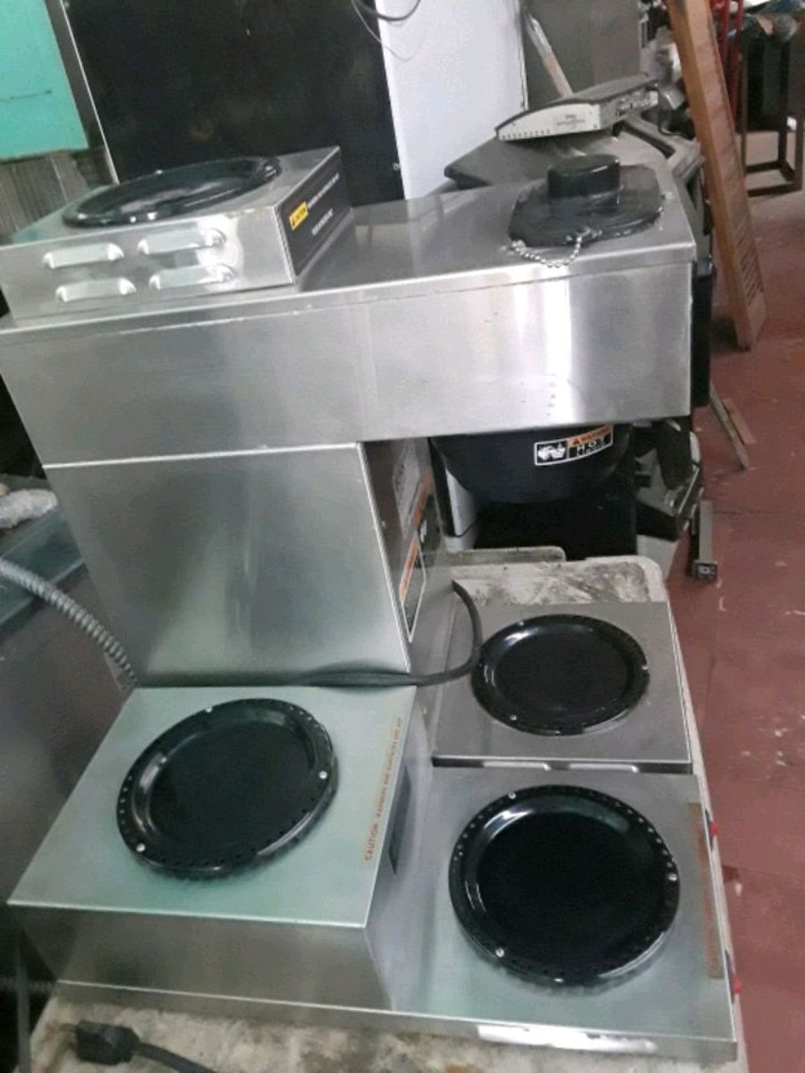 Photo Bunn coffee maker with side two