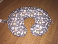 Boppy pillow with two change out pillow sheets