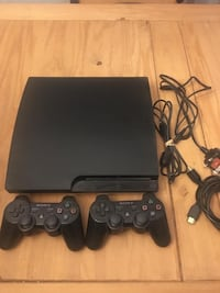 Sony ps3 120gb slim console with two controllers 1 Ottawa, K2R