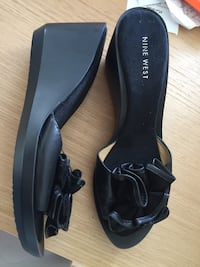 Nine West wedge sandals size 8  Toronto, M5B