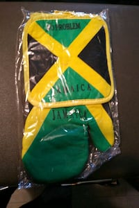 Jamaican Oven Mitt and Pad Vaughan, L4H 3N5