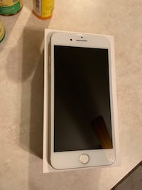 Gold iPhone 7 Plus with box (128gb) Southgate, 48195