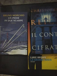 due serie di libri The Hunger Games Milano, 20148