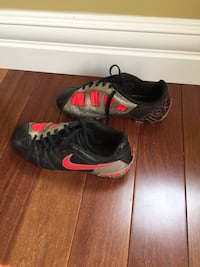 Nike size 1 youth soccer cleats. Only 1 year old. Priced for immediate sale. Edmonton, T6R 0B1
