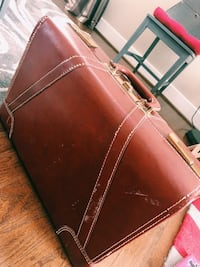 Brown Leather Suitcase Alexandria, 22314