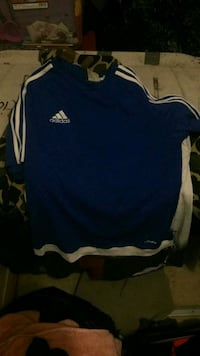Adidas shirt  Fort Worth, 76104