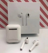 New EarPods with charging case Microphone Bluetooth Wireless Auto Connection Mont-Royal, H3R 1G7