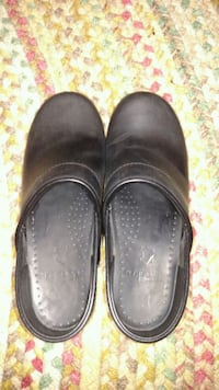 Black oiled Dansko's Fincastle, 24090