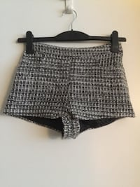 Women's tweed high waist shorts size 2 Vancouver, V5T 1K9
