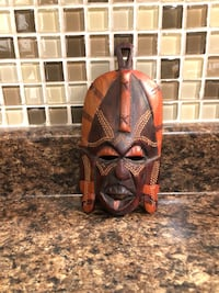 Miniature African wooden mask Mississauga, L5N