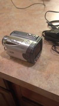 Jvc Digital video camera with 30 times optical zoom Forest Grove, 97116