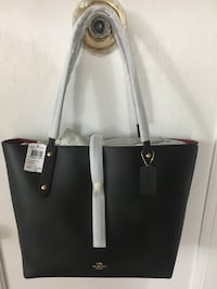 Coach Market Tote Bag Brand New Never Used Asking Price $200 New York, 11372