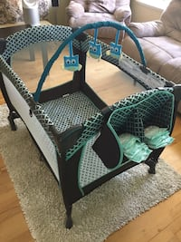 PlayPen for babies (brand new, barely used). Richmond