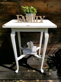 Shabby Chic Table Grimsby, L3M 3K6