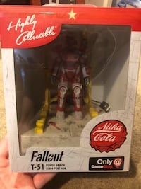 Fallout USB Charger Nuka Cola T-51 Armor Stand Brooklyn, 21225