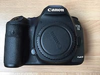 Canon 5D Mark III with warranty from HENRYS Mississauga