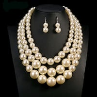 brand new two-piece stimulated Pearl set Del City