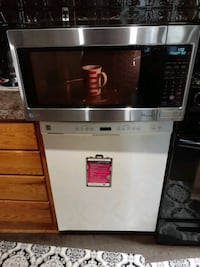 (VERY GENTLY USED) LARGE FULL SIZE 1200 WATT LG MICROWAVE, ASKING $150