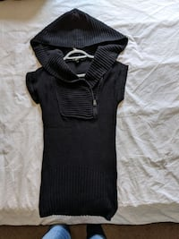 Long hoodie sweater with short sleeve size small you can layer Calgary, T2E 0B4
