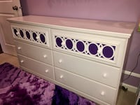 White bedroom set - dresser, sleigh bed (double), nightstand & mattress/boxspring from model home Aldie, 20105