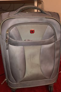 Swiss gear small grey suitcase  Fairfax, 22030