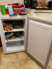 Excellent condition small freezer Burnaby, V5G 1N7