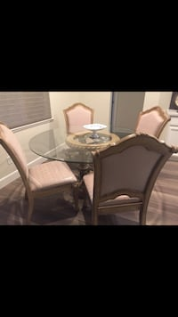 Dining room set with 6 chairs, like new!  Turlock, 95382