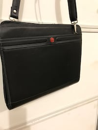 Leather Briefcase Chantilly, 20152