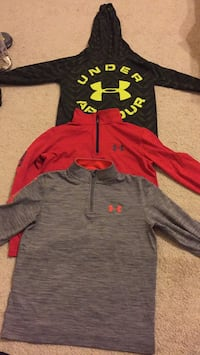 red and black Under Armour pullover hoodie 洛克維爾, 20852
