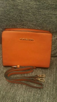 Brand new Michael Kors orange bag  Surrey, V3T 4E6