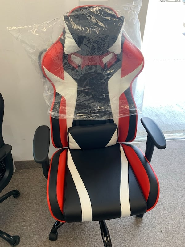Black white red gaming chair with recliner 40e3b7e4-80a0-484c-9d05-cf96e3b96bb6