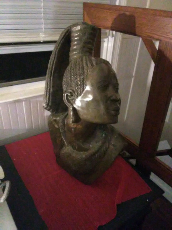 Very heavy African marble sculpture